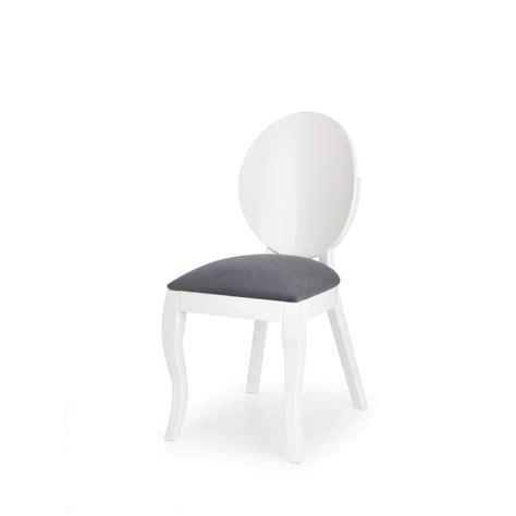 chaise blanche et grise chaise médaillon moderne blanche et gris vilta so inside