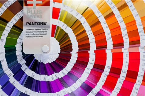 many colors color intelligence how many pantone colors are you missing