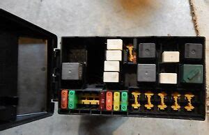 Ford Focu Fuse Box by 2003 Ford Focus Exterior Fuse Relay Box 9ag