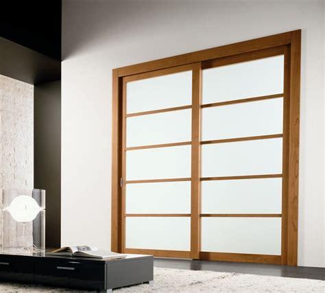 modern interior sliding door featuring  bianco latte