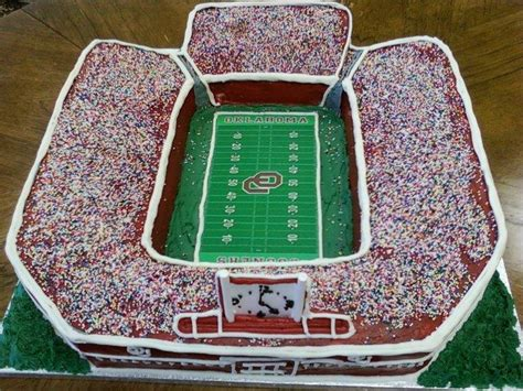 images  stadium cakes  pinterest birthday