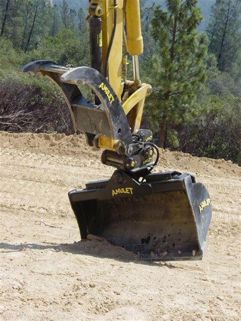 amulet tilt bucket    ton excavators  backhoes  degree tilt