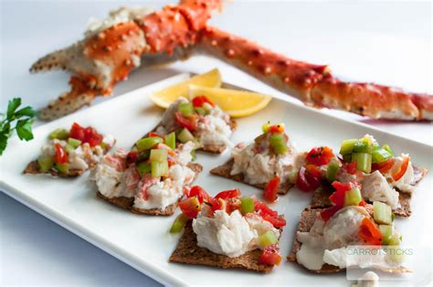 alaskan king crab canapés with bloody salsa