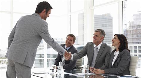 Aciertos y errores en una entrevista laboral - Mooks ...