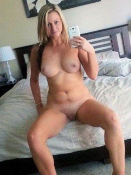 Hot Naked Mom Selfie Xxx Pics Fun Hot Pic
