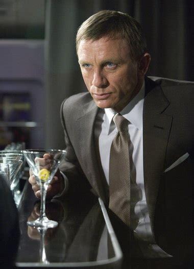 bond martini the skyfall martini how to make bond s signature mix