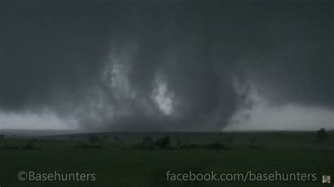 5/07/15 Sanger, TX Multi-Vortex Tornado - YouTube