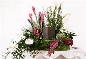 boutique mariage l 39 amie des fleurs coussin d urne l 39 amie des fleurs