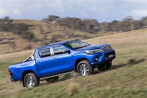 Toyota Hilux 2017 : 2016 toyota hilux debuts with new 177hp diesel 33 photos videos carscoops ~ Accommodationitalianriviera.info Avis de Voitures