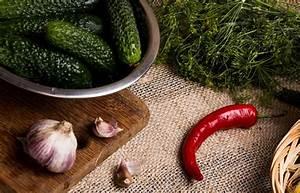 Gemüse Haltbar Machen : gurken haltbar machen gurken einlegen einmachen und lagern plantura ~ Markanthonyermac.com Haus und Dekorationen