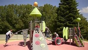 Aire De Jeux Extérieur Collectivité : pin aire de jeux enfants on pinterest ~ Preciouscoupons.com Idées de Décoration