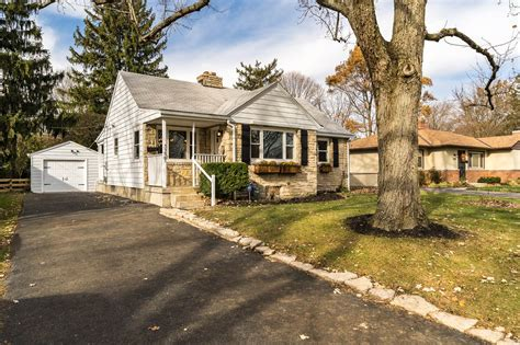 3227 Ainwick Road, Upper Arlington, Oh 43221