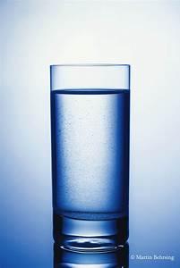 Glas Auf Herdplatte : ein glas wasser stilllife mit einfachen mitteln martin behrsing ~ Markanthonyermac.com Haus und Dekorationen