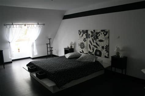 chambre noir et blanc design idee deco chambre noir et blanc image sur le design maison