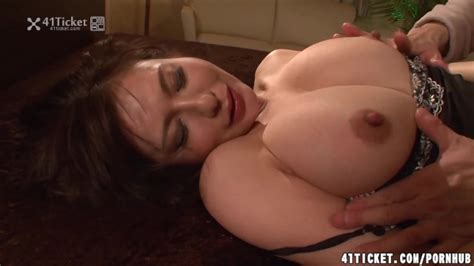 Passionate Sex With Busty Mature Wife Yuki Tsukamoto