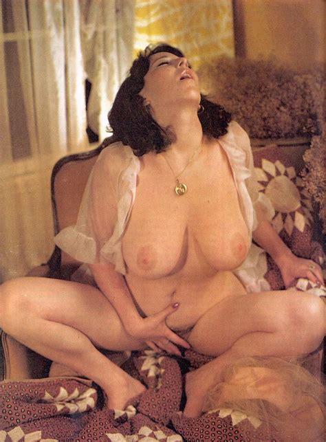 Annie Sprinkle Nude Girls Get Naked On Cam