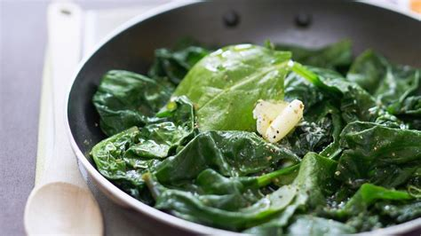 recette de cuisine salé poêlée d 39 épinards frais au beurre facile et pas cher