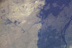 Egypt's Great Pyramids of Giza : Image of the Day