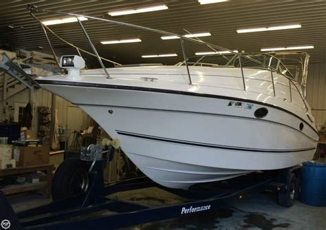 Used Xpress Boats For Sale In Sc by 1997 Used Doral 270 Sc Express Cruiser Boat For Sale