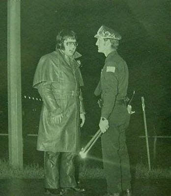 elvis taliking   memphis police officer   accident