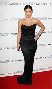 photos kim kardashian un look sobre et elegant With robe de kim kardashian