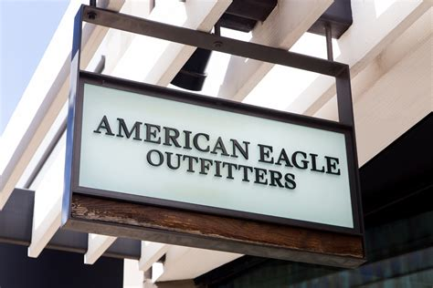American Eagle's Aerie Lingerie Brand Soars After Banning Retouching In Ads