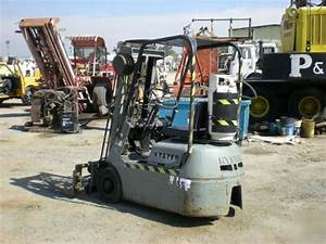 Hyster S20 Three Wheel Forklift 2000 Lb Capacity