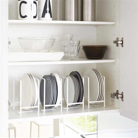 range assiette blanc rangement vertical vaisselle