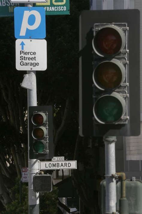 outage turns  sf traffic lights    stops sfgate