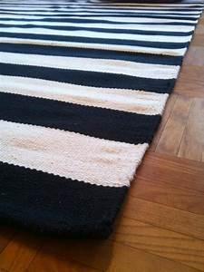 Teppich Schwarz Weiß : teppich neu schwarz wei gestreift streifen webteppich ~ A.2002-acura-tl-radio.info Haus und Dekorationen