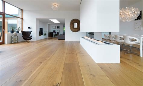 Interior Wood Floor Ideas Give Natural Nuance