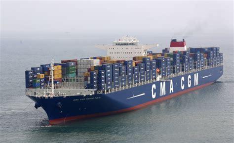 les bateaux 224 conteneurs
