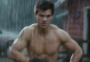 Robert Pattinson tried to get Taylor Lautner's abs for ...