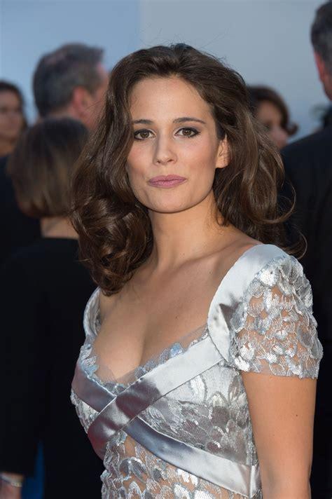"""Cela n'a pas été facile pour lucie lucas. Lucie Lucas At Cannes Film Festival - """"120 Battements Par ..."""