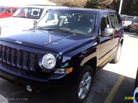 patriot jeep blue 2012 true blue pearl jeep patriot latitude 4x4 60379148