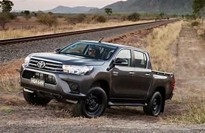 Toyota Hilux 2017 : australian vehicle sales for july 2017 hilux dominates again performancedrive ~ Accommodationitalianriviera.info Avis de Voitures