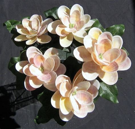 how to make seashell flowers sea shell flowers 28 images six jingle shell seashell crafts flowers ocean blooms now