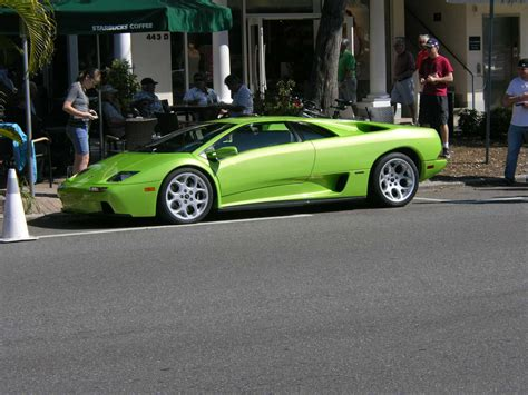 Sarasota Exotic Car Fest On St Armands Circle