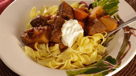 fashioned german goulash recipelioncom