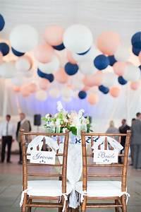 Deco Mariage Bleu Marine : bleu marine et rose des couleurs punchy pour mon mariage romantique ~ Teatrodelosmanantiales.com Idées de Décoration