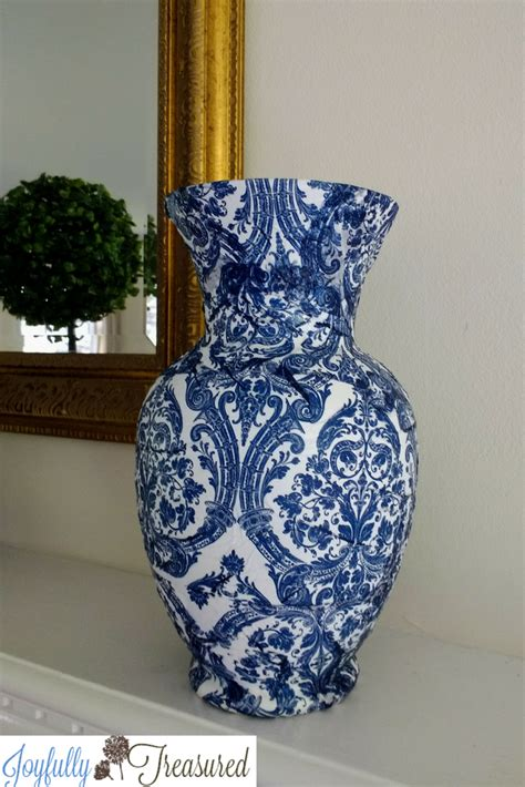 Decoupage Vase by Decoupage Vases With Napkins Blue And White Chinoiserie