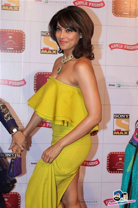 stardust awards  bipasha basu picture