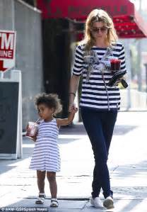 That's cool! Ellen Pompeo and her mini-me daughter Stella ...