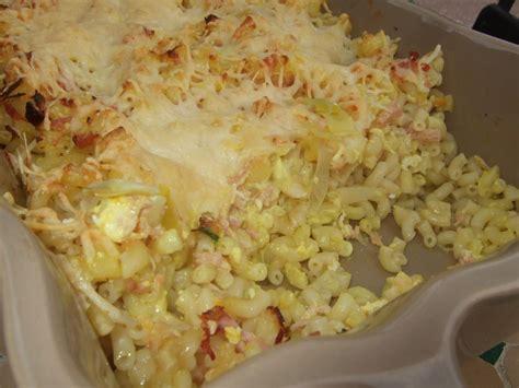 gratin de p 226 tes aux poireaux jambon et curry dans la