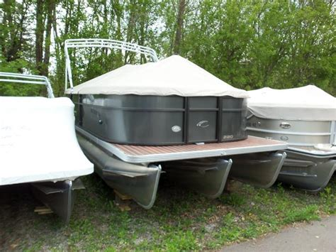 Craigslist Used Boats In Michigan by Pontoon New And Used Boats For Sale In Michigan