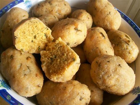 recette cuisine kabyle facile recette boulettes de semoule en sauce kabyle cuisinez
