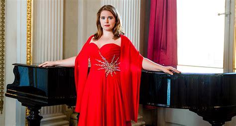 Critics Of Opera Singer Tara Erraught Under Fire After Fat