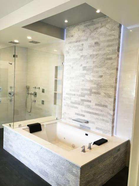 Corner Soaker Tub Shower Combo by Small Soaking Tub Shower Combo Bathtub Designs