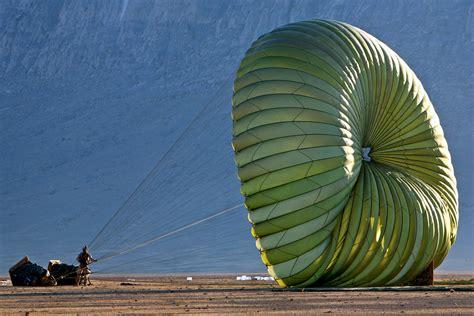 File:USMC parachutist Afghanistan 081208-M-0000J-002a.jpg ...