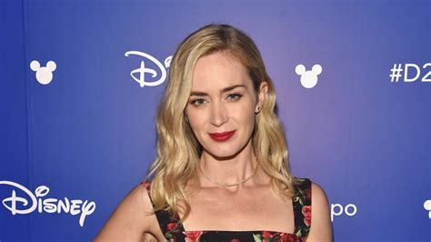 Emily Blunt Goes for a Joy Ride in New 'Mary Poppins ...